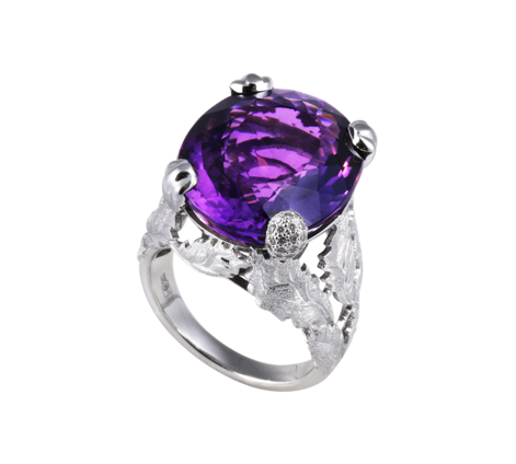 Кольцо из белого золота с бриллиантами и аметистом, артикул 33437 - Baskrin