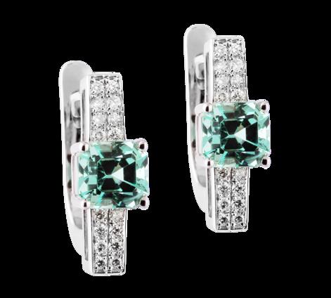 Эксклюзивные серьги из белого золота с бриллиантами и изумрудами , артикул 43656 - Baskrin