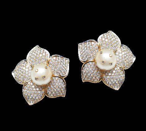 Серьги из золота с бриллиантами и жемчугом, артикул 43097 - Baskrin