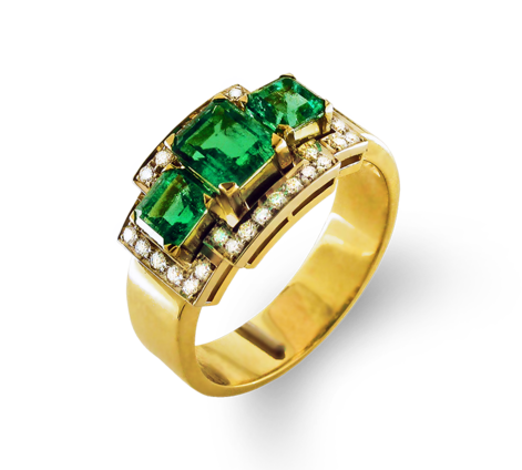 Кольцо из золота с бриллиантами и изумрудами, артикул 30417 - Baskrin