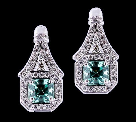 Эксклюзивные серьги из белого золота с бриллиантами и изумрудами , артикул 43657 - Baskrin