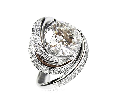 Кольцо из белого золота с бриллиантами, артикул 33215 - Baskrin