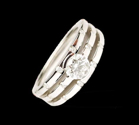 Кольцо из белого золота с бриллиантами, артикул 30519a - Baskrin