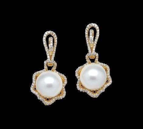 Серьги из золота с белым жемчугом и бриллиантами, артикул 43235 - Baskrin